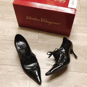salvatore ferragamo Bardwill leather heels